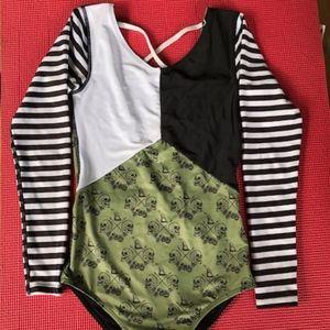 AlakeaSurf size S rashguard / swimwear